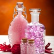 Aromatherapy - pink minerals for Spa — Stock Photo