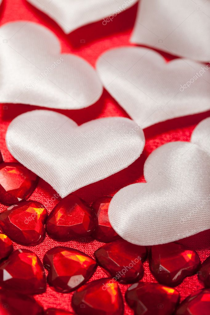 White and red hearts — Stock Photo #6698774