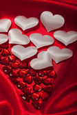 White and red hearts — Stock Photo