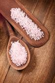 粉红沐浴盐 — 图库照片
