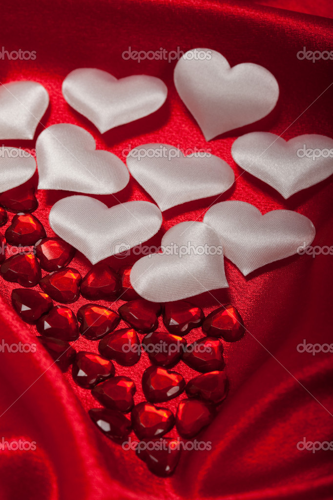 White and red hearts — Stock Photo #6700026