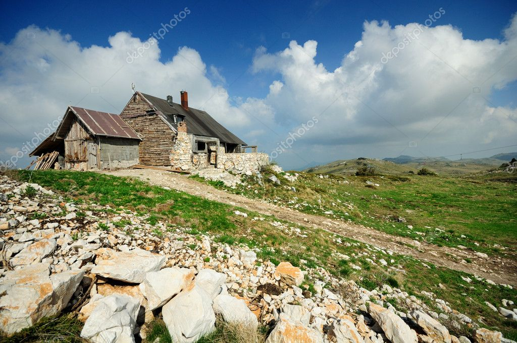 Mountain House And Landscape Stock Photo LucicN 6429797