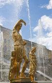 A fountain and sculptures, Peterhof — Stock Photo