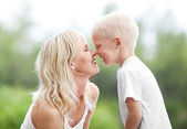 мать и сын — Стоковое фото