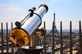Telescope with Eiffel Tower — Stock Photo
