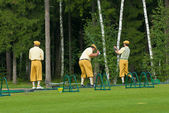 Unidentified group golfers on golf feeld — Stock Photo