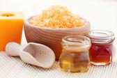 Honey bath salt — Stock Photo