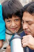 Küçük çocuk ile baba — Stok fotoğraf