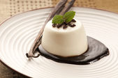 Panna Cotta with chocolate and vanilla beans — Stock Photo