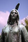Pocahontas memorial in jamestown — Stock Photo