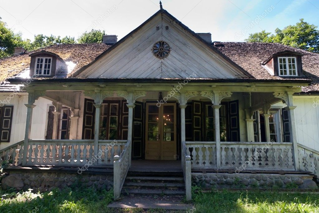Vieille maison en bois en Pologne — Photographie wolszczak  ~ Maison Bois Pologne