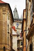 La torre dell'orologio di praga - foto tonica in stile grunge — Foto Stock