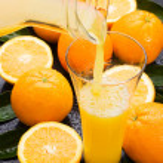 Natural orange juice — Stock Photo