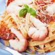 Shrimp and pasta with tomato sauce — Lizenzfreies Foto