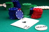 бинго шары, фишки для покера — Стоковое фото