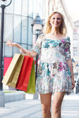 Attractive shopping woman — Stock Photo