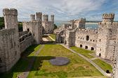 Caernarfon castle in Snowdonia, Wales — Stock Photo