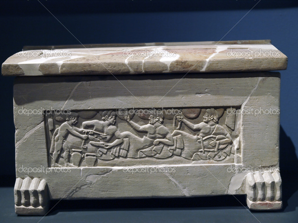 Sarcophagus of Chiusi, Tuscany. 5th century B.C — Stock Photo #5464288