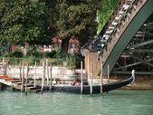 Wenecja - gondolą w academia most — Zdjęcie stockowe