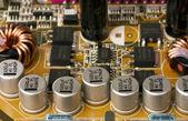 Microcircuit met chip van condensors — Stockfoto