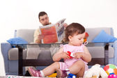Father with baby at home — Stock Photo