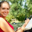 Smiling  girl with  notebook — Stockfoto