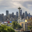 Downtown Seattle Skyline with Mount Rainier — Stock Photo