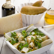 Cheese and pears salad with baslamic vinegar and olive oil — Zdjęcie stockowe