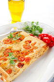 White pizza with tomatoes — Stock Photo