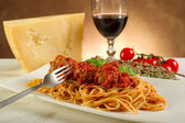 Spaghetti with meatballs and tomatoes sauce — Stock Photo
