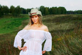 Beautiful woman in stetson — Stock Photo
