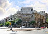 Typowy krajobraz z jednej dzielnicy urban w barcelona, hiszpania. — Zdjęcie stockowe