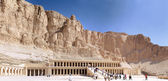Overview Temple of Queen Hatshepsut at Luxor .Egypt — Stock Photo