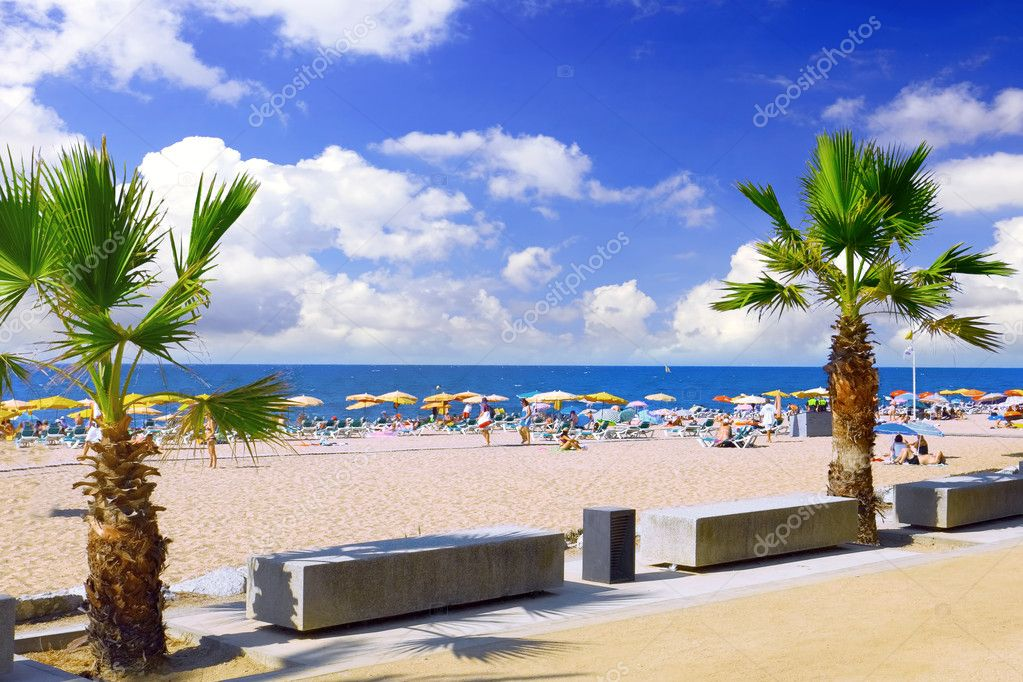 Beaches, coast in Spain near Barcelona. — Stock Photo #6285472