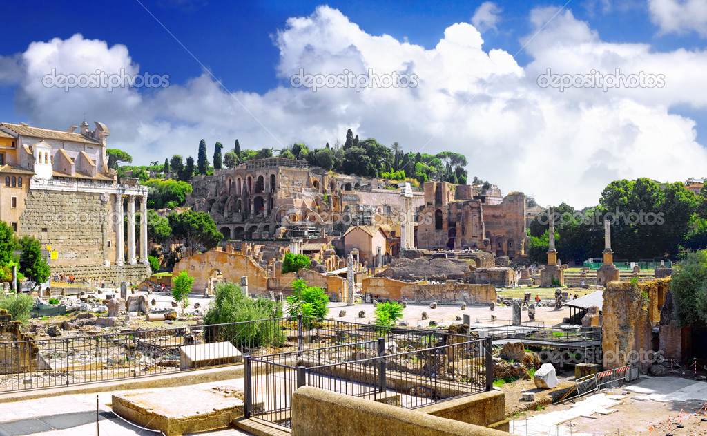 Roman forum in Rome, Italy.Panorama — Stock Photo #6319639