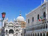 The Doge's Palace ,Cathedral of San Marco, Venice — Stok fotoğraf