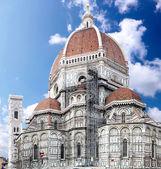 大聖堂サンタ マリア デル フィオーレ大聖堂。フィレンツェ、イタリア — ストック写真
