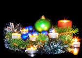 Decoração de ano novo-bolas, ouropel. — Foto Stock