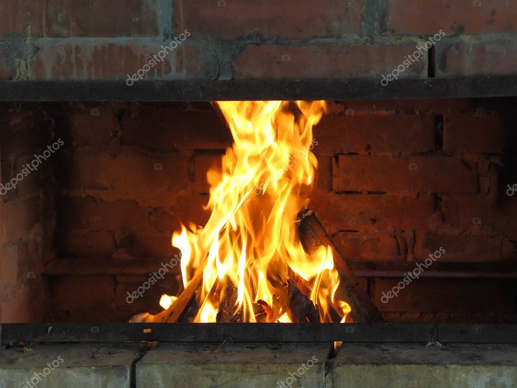 Cosy fireplace in outdoor back yard. — Stock Photo #6595432