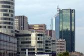 Immeuble dans le quartier financier de bureaux de grande hauteur — Photo