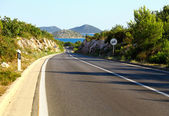 Winding road by the Adriatic sea, Croatia — Stock Photo