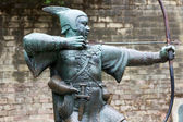Robin Hood statue in Nottingham — Stock Photo