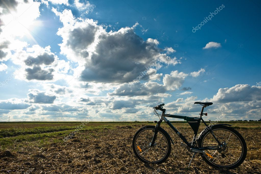 Color bike in sunny day, bike series, parts of bike in sunny day — Stock Photo #6565585