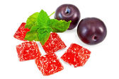 Jelly red with plums and mint — Stockfoto