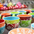 Colored plates and cups in the store — Stock Photo #5390651
