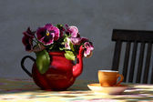 Teapot and cup — Stock Photo
