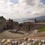 Taormina greek amphitheater in Sicily Italy — Stock Photo #5380769