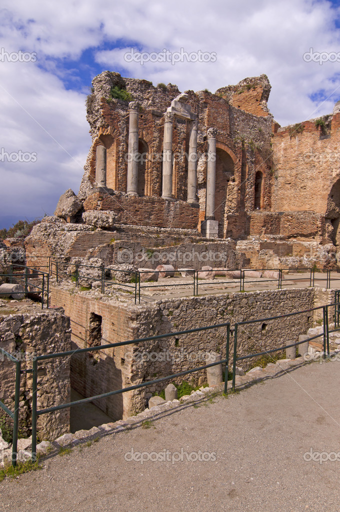 Taormina amphitheater in Sicily Italy in spring — Stock Photo #5994363