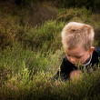 Child in nature — Stock Photo
