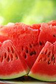 ломтики красный арбуз — Стоковое фото